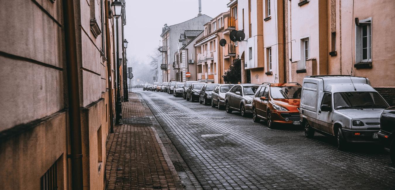 Fourrière voiture : règles, prix et contact