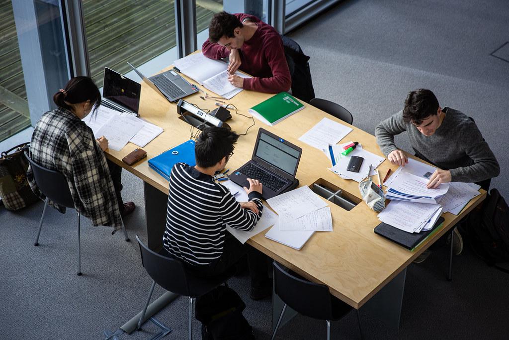 Assistance administrative aux entreprises: quels avantages?